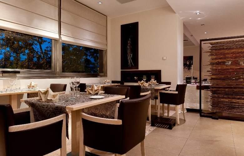 Italiana Hotels Cosenza - Restaurant - 3