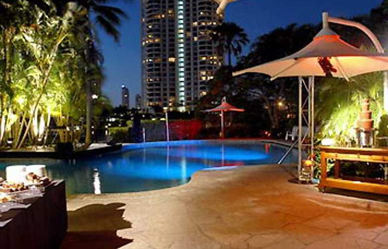 Surfers Paradise Marriott Resort - Pool - 6