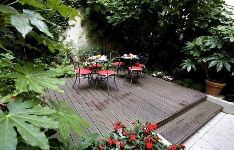 Classics Paris Bastille - Terrace - 6
