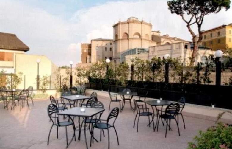 Alimandi Vaticano - Terrace - 11