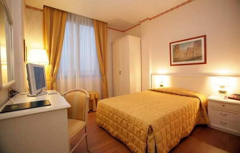 Eurhotel Volpiano - Room - 1