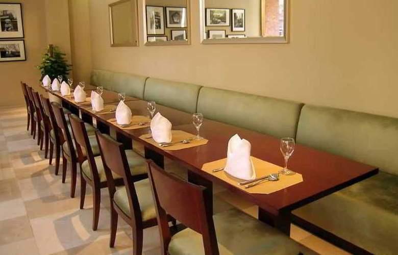 Gotel Capital - Restaurant - 1