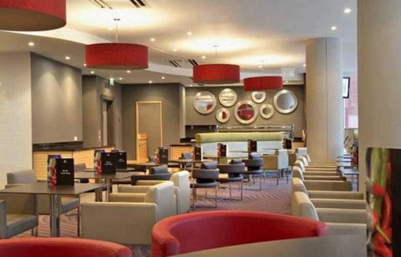 Hilton London Angel Islington - Bar - 3