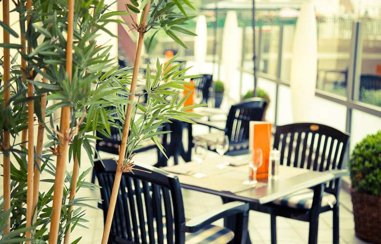 Best Western Ambassador Hotel Bosten - Restaurant - 49