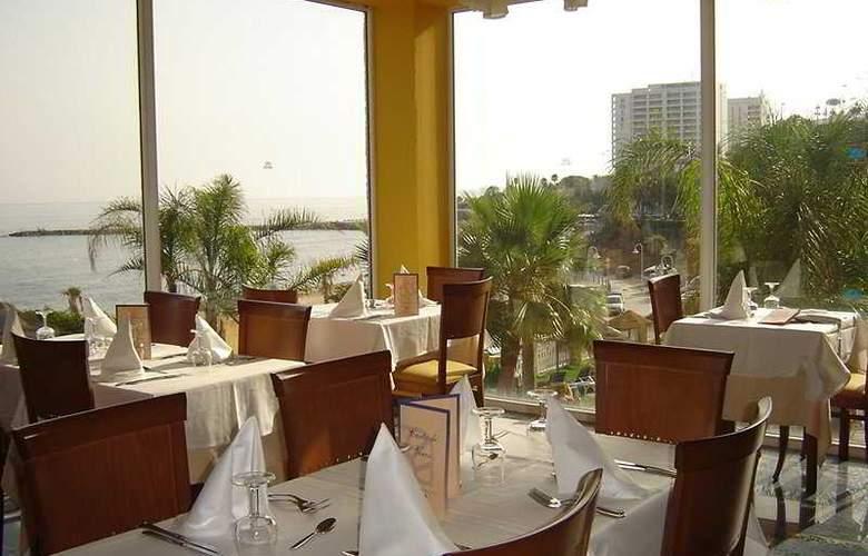 Best Benalmadena - Restaurant - 8