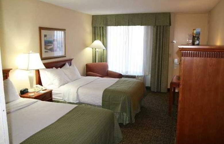 Holiday Inn Hotel & Suites Vero Beach-Oceanside - Room - 2