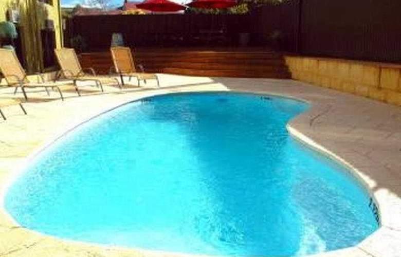 Murray Street Lodge Hotel Perth - Pool - 6