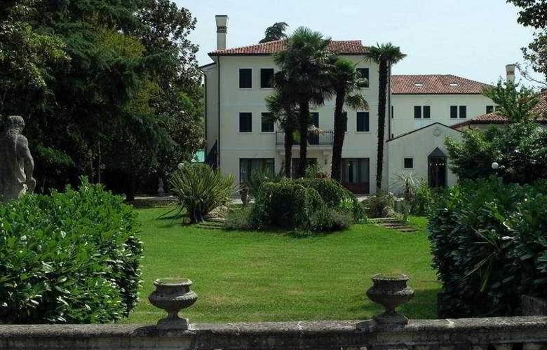 Villa Pace Park Bolognese - Hotel - 0