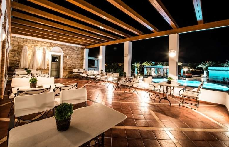 Porto Naxos - Terrace - 29