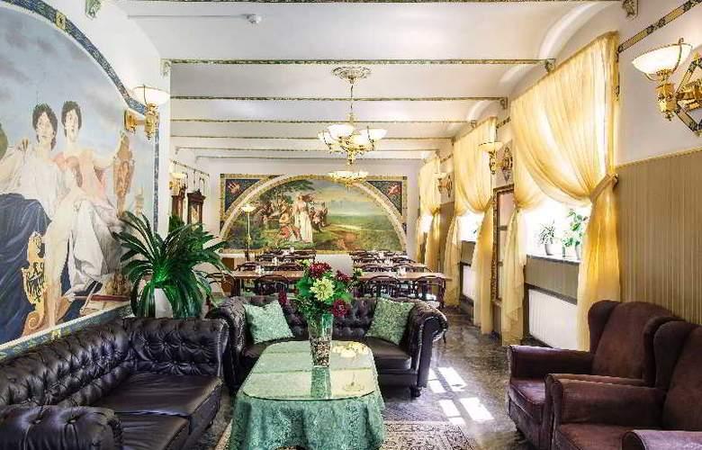 Taurus - Restaurant - 37