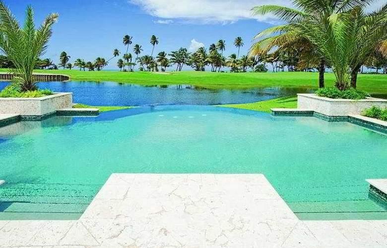 St. Regis Bahia Beach Resort - Pool - 6