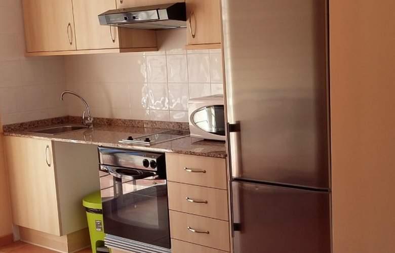 Villas de Oropesa 3000 - Room - 6