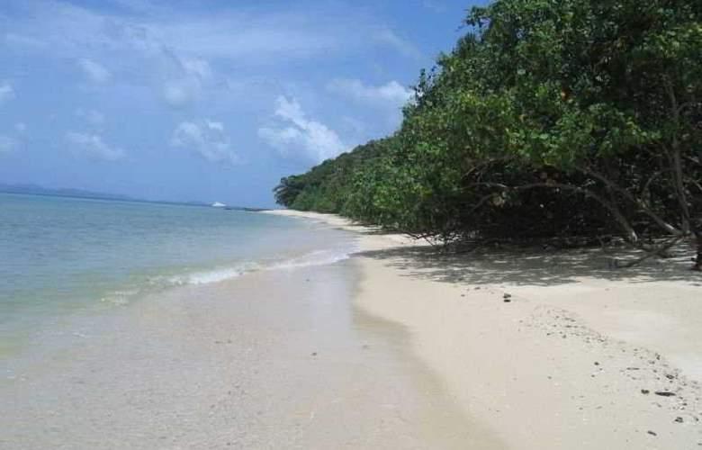 Tenta Nakara - Beach - 7