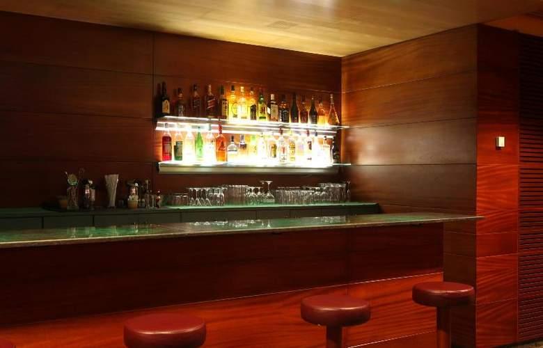 Tulip Inn Andorra Delfos - Bar - 25