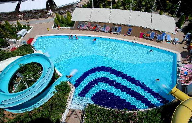 Delphin Diva - Pool - 14