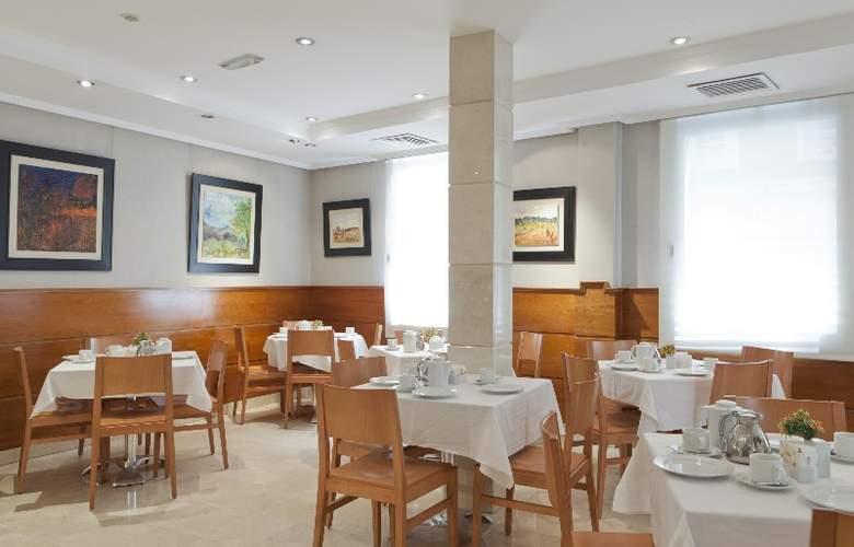 Hotel Regente - Restaurant - 37