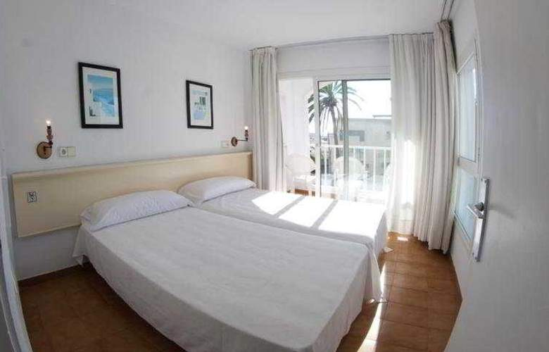 El Divino Apartamentos - Room - 3