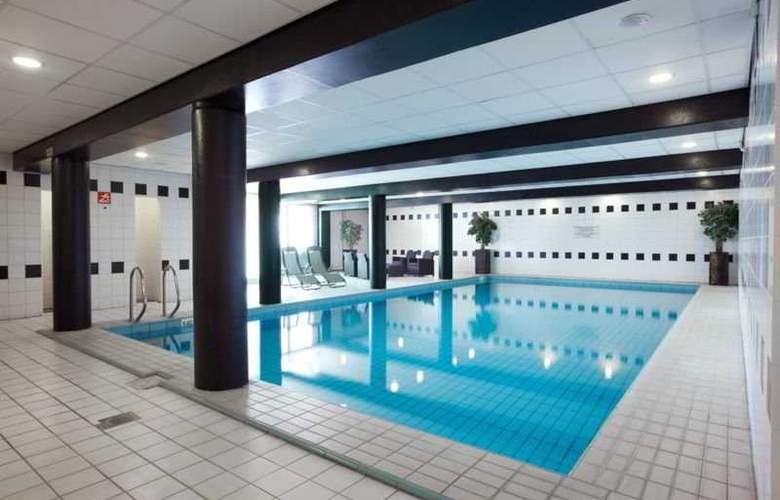 NH Best - Pool - 1
