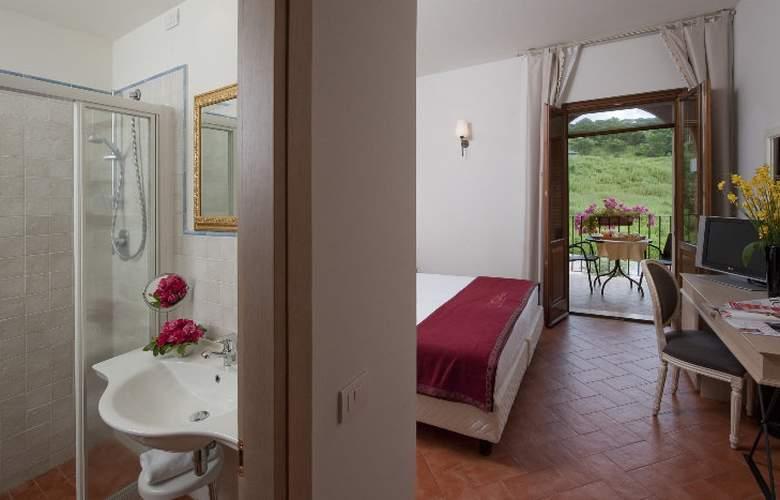 Saturnia Tuscany - Room - 10