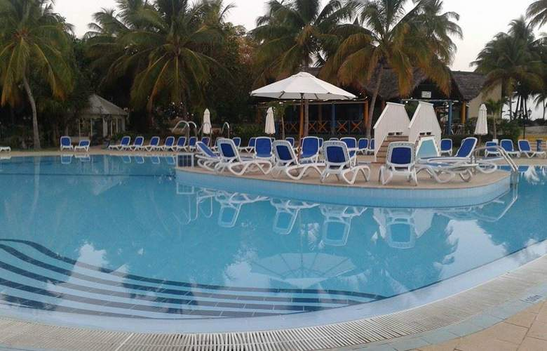 Gran Caribe Club Kawama - Pool - 9