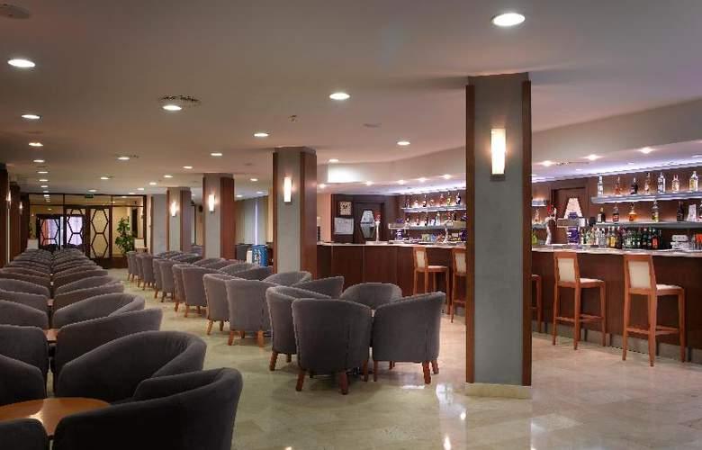 Fiesta Hotel Tanit - Bar - 20