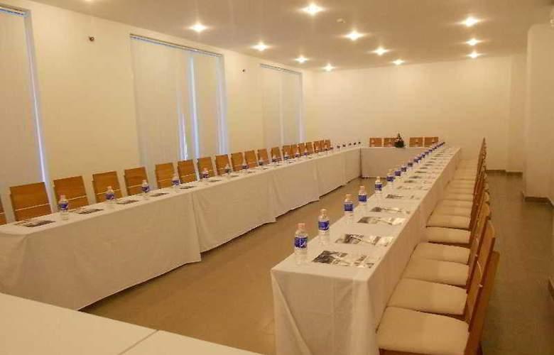 Paragon Villa Hotel - Conference - 17