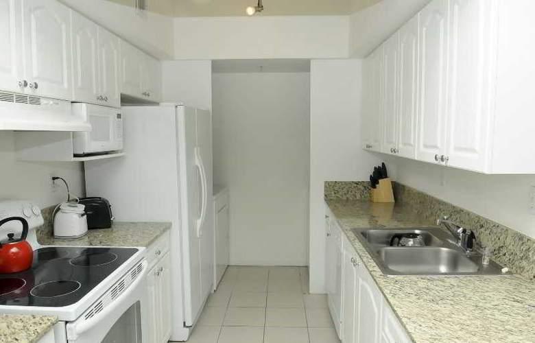 Modern 2 Bedroom Condo Near Beach - Room - 3