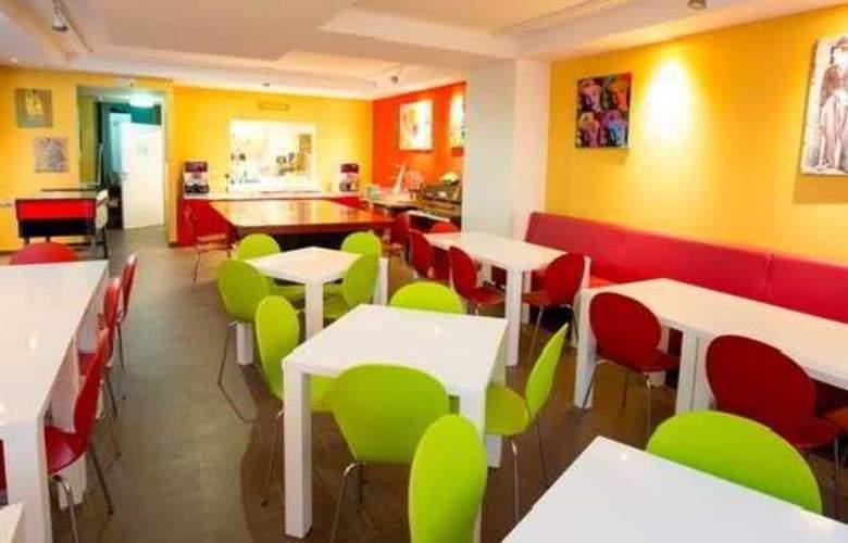 a&t Holiday Hostel Wien - Restaurant - 3