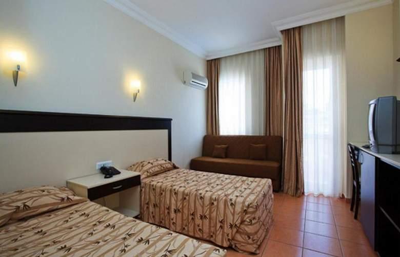 Helios Hotel - Room - 9
