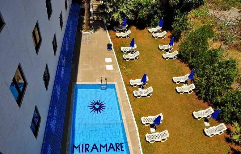 Miramare - Pool - 9