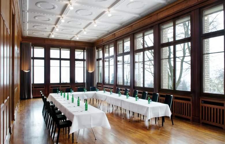Sorell Zurichberg - Conference - 22