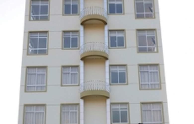 Aanisa Ritz - Hotel - 0