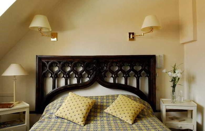 QUALYS-HOTEL Auberge du Forgeron - Room - 1