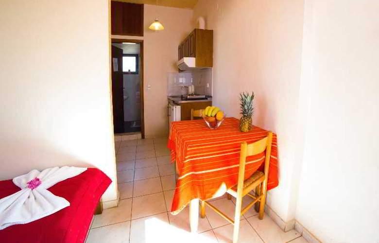 Villa Diasselo - Room - 11