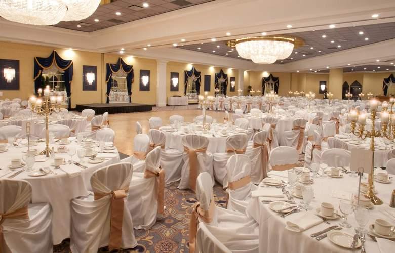 Fantasyland Hotel - Conference - 13