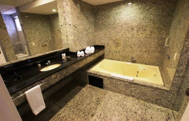 Ramada Plaza Curitiba Rayon - Room - 9