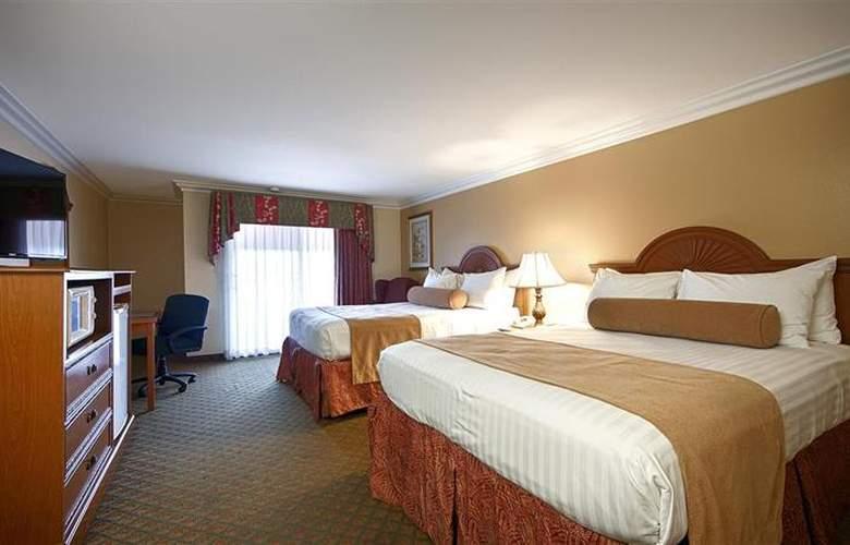 Best Western Harbour Inn & Suites - Room - 15