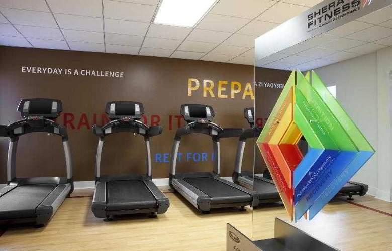 Sheraton Suites Houston near the Galleria - Sport - 46