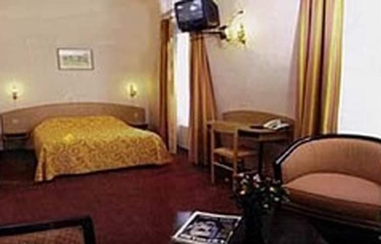 TRANSCONTINENTAL - Hotel - 2