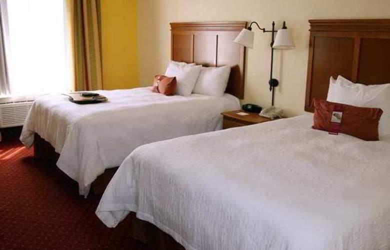 Hampton Inn & Suites Louisville East - Hotel - 0