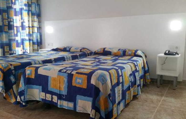 Chinyero - Room - 10