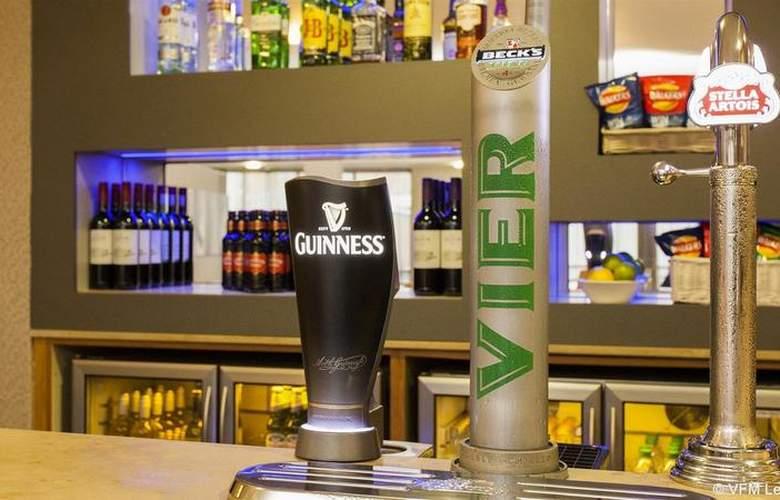 Holiday Inn Express London Limehouse - Bar - 14