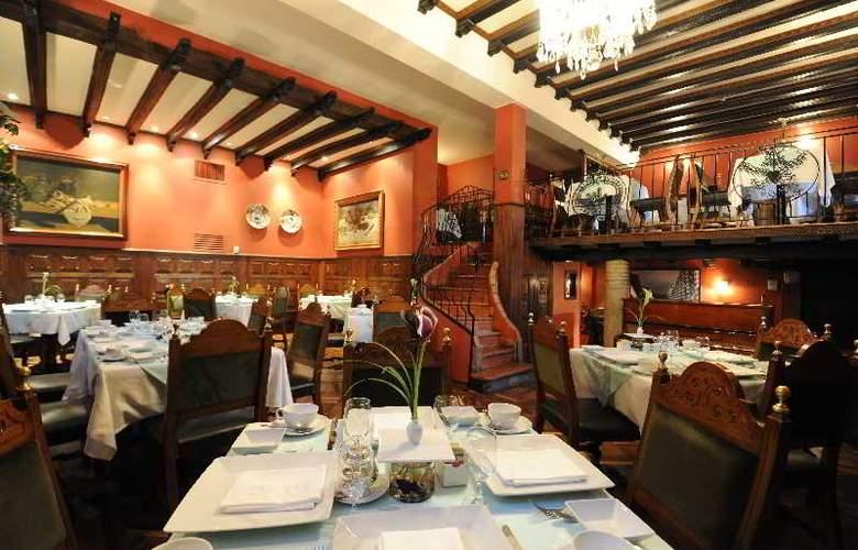 Casa Medina - Restaurant - 16