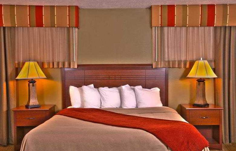 Best Western Town & Country Inn - Hotel - 9