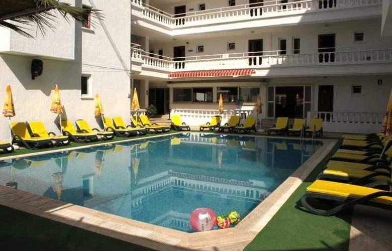 Renda Beach Hotel - Pool - 5