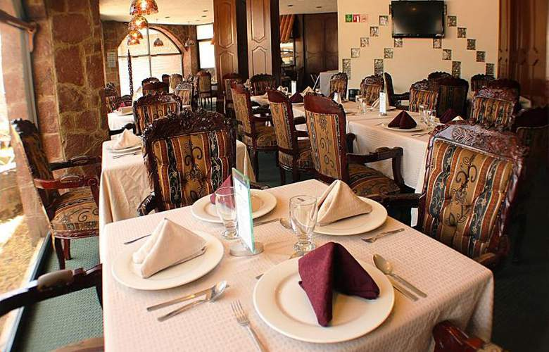 Best Western Toluca - Restaurant - 43
