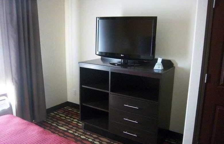 Best Western Greentree Inn & Suites - Hotel - 1