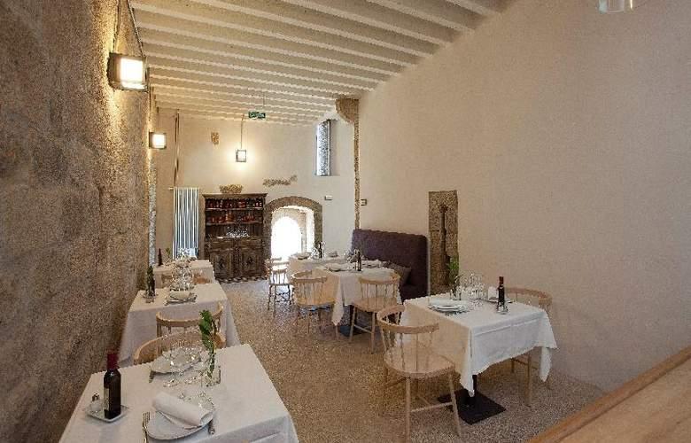 Parador Castillo de Monterrei - Restaurant - 3