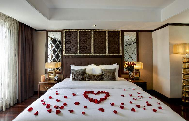 Golden Lotus Luxury Hotel - Room - 10