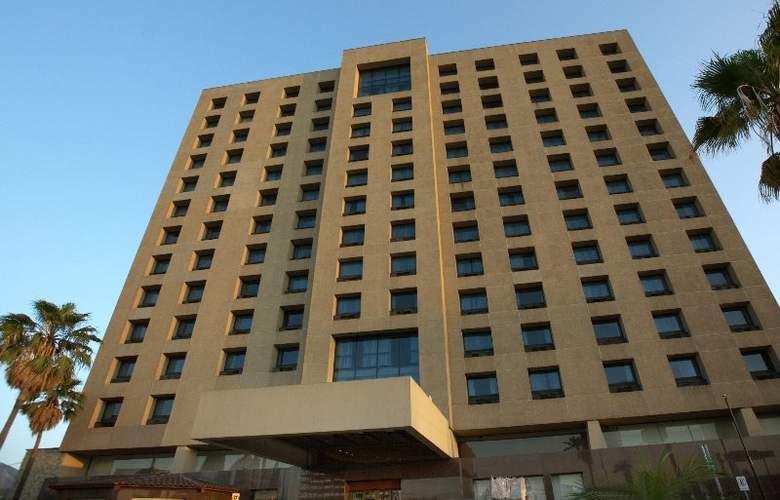 Fiesta Inn Monterrey Centro - Hotel - 2